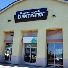 Brentwood Smiles Dentistry and Orthodontics store front thumb