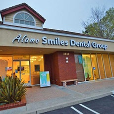 Alamo Smiles Dental Group store front thumb