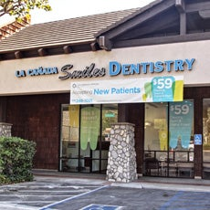 La Canada Smiles Dentistry store front thumb