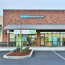 Sherwood Modern Dentistry store front thumb