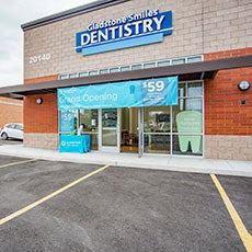Gladstone Smiles Dentistry store front thumb