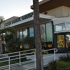 Beach Dental Group store front thumb