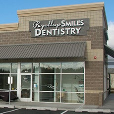 Puyallup Smiles Dentistry and Orthodontics store front thumb