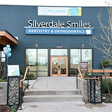 Silverdale Smiles Dentistry store front thumb