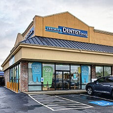 Lakewood Dentist Office store front thumb