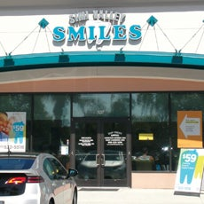 Simi Valley Smiles Dentistry store front thumb
