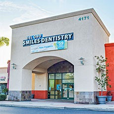 Del Oro Smiles Dentistry store front thumb