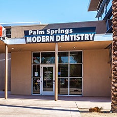 Palm Springs Modern Dentistry store front thumb