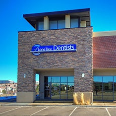 Lone Tree Dentists and Orthodontics store front thumb