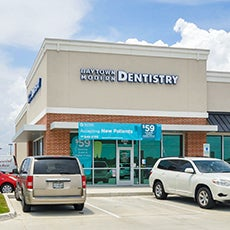 Baytown Modern Dentistry store front thumb