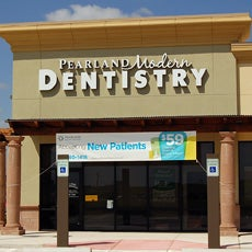 Pearland Modern Dentistry and Orthodontics store front thumb
