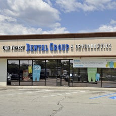 Oak Forest Dental Group and Orthodontics store front thumb