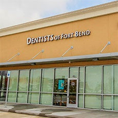 Dentists of Fort Bend store front thumb