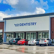 Deerfield Modern Dentistry store front thumb