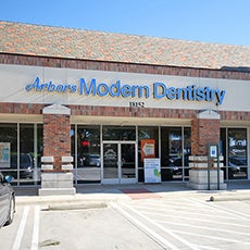 Arbors Modern Dentistry store front thumb