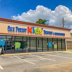 Oak Forest Kids' Dentist and Orthodontics store front thumb