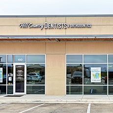 Hill Country Dentists store front thumb