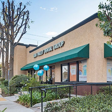 Simi Valley Dental Group and Orthodontics store front thumb