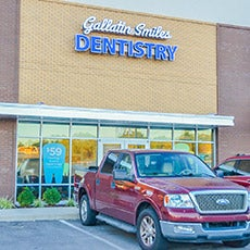 Gallatin Smiles Dentistry store front thumb