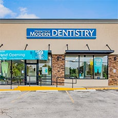 Hermitage Modern Dentistry store front thumb