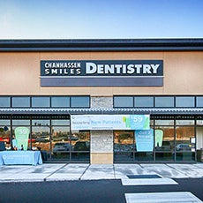Chanhassen Smiles Dentistry store front thumb