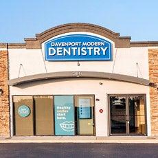 Davenport Modern Dentistry store front thumb