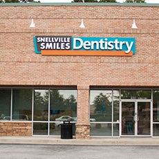 Snellville Smiles Dentistry store front thumb