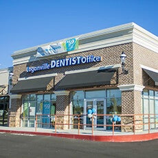 Loganville Dentist Office store front thumb