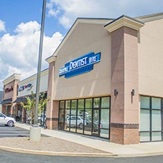 Cartersville Dentist Office store front thumb