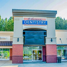 Woodstock Dentistry store front thumb